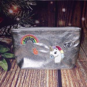 ✨3 for 15✨NWT Unicorn rainbow makeup bag, metallic